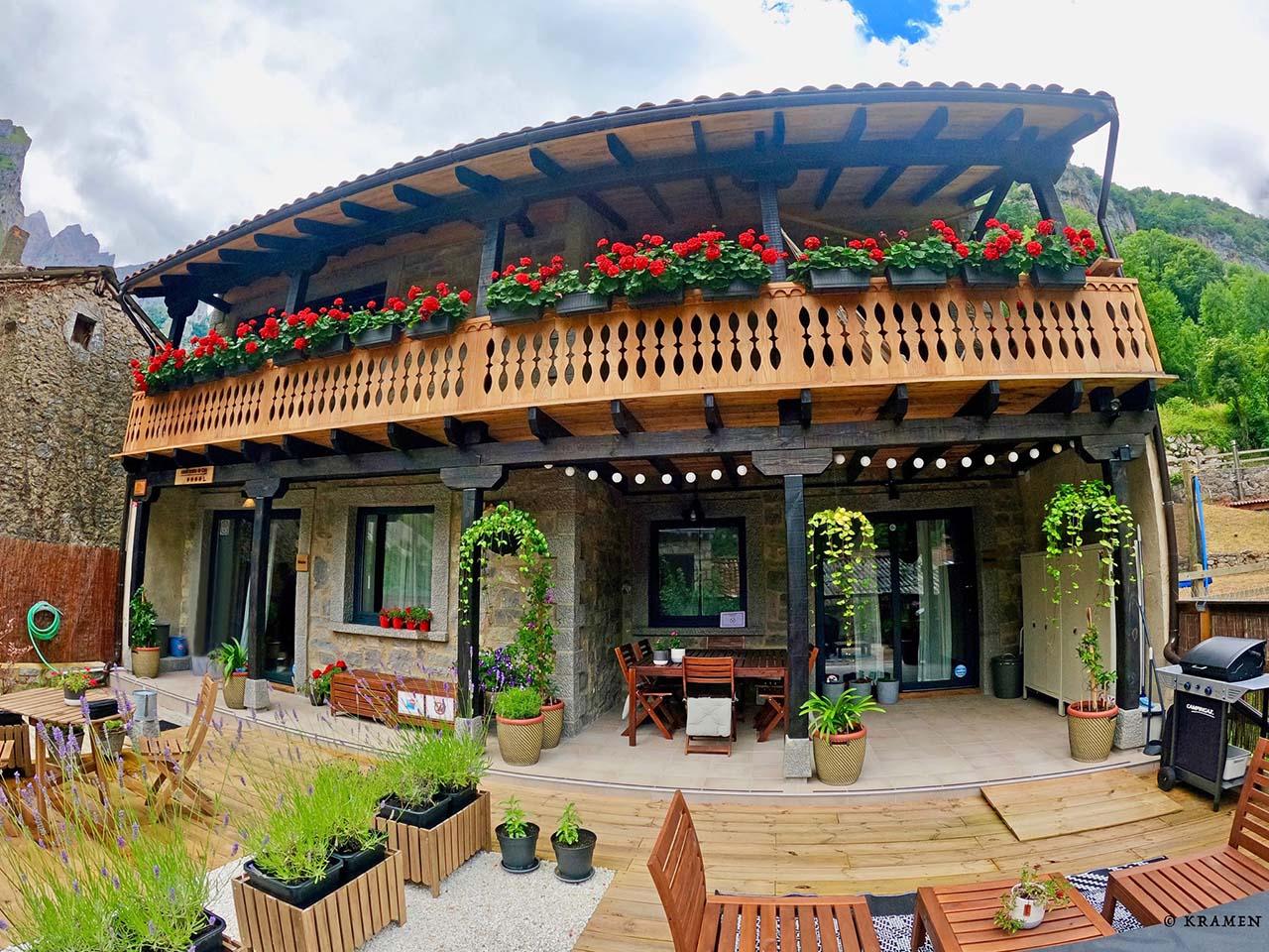 Casas Rurales de Caín,  Posada de Valdeón, Ruta del Cares, León