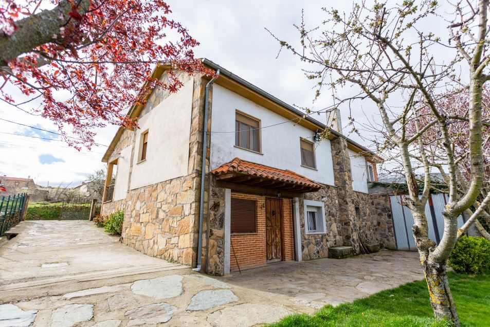Casa Rural Casa Salva, casa rural en La Rinconada de la Sierra, Salamanca