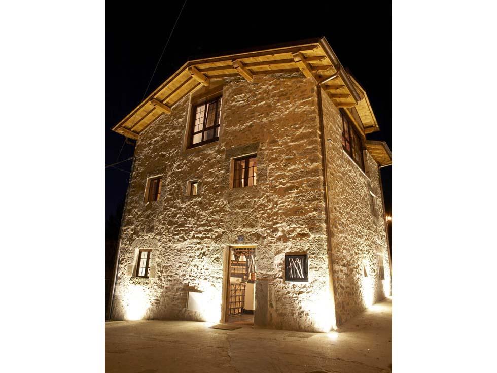Casa Urrutia, casa rural en Osma, Alava.