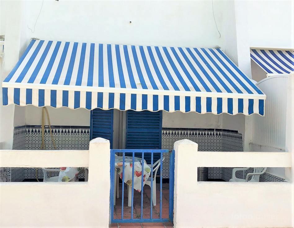 Chalet adosado en urbanización La Almadraba, Chiclana, Cádiz