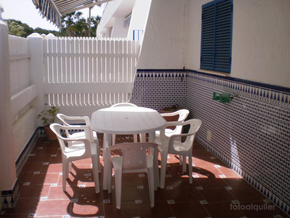 Alquiler de apartamento en la urbanización La Almadraba, Chiclana de la Frontera