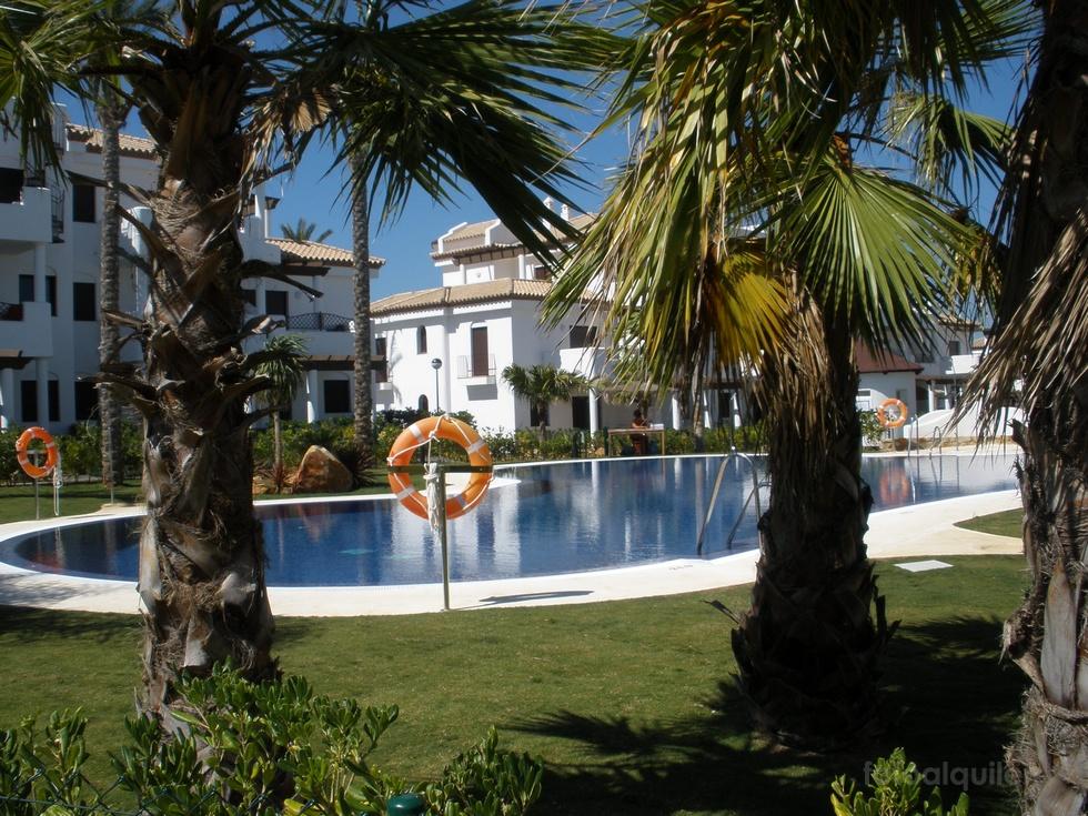 Alquiler de apartamento en la urbanización Coto de Sancti Petri, Chiclana
