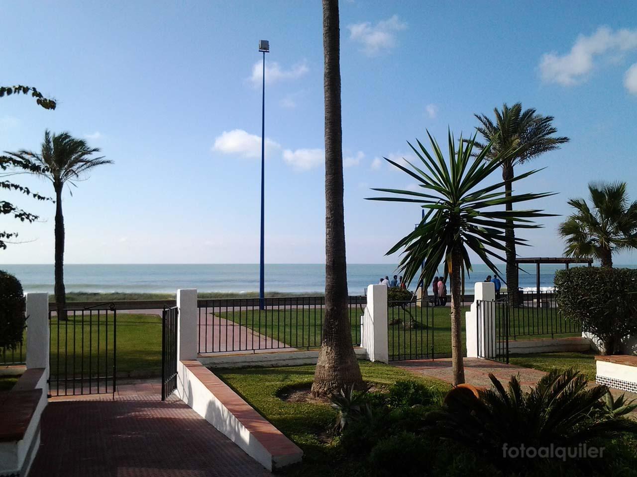 Apartamento en primera linea de la playa de La Barrosa, urbanización Barrosamar, Chiclana
