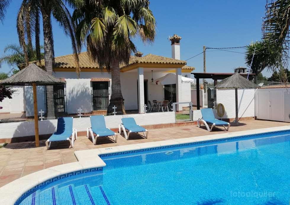 Alquiler de casas para vacaciones con piscina privada en Conil de la Frontrera, Cádiz