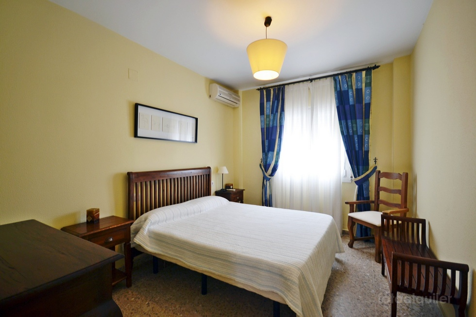 Piso de vacaciones 3 dormitorios en Conil, urbanización Atalaya