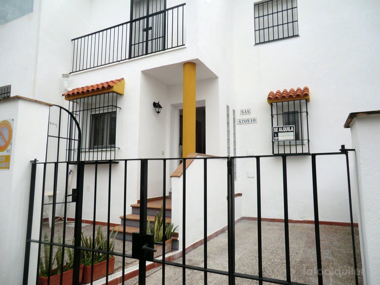 Casa para vacaciones con 4 dormitorios en Conil de la Frontera