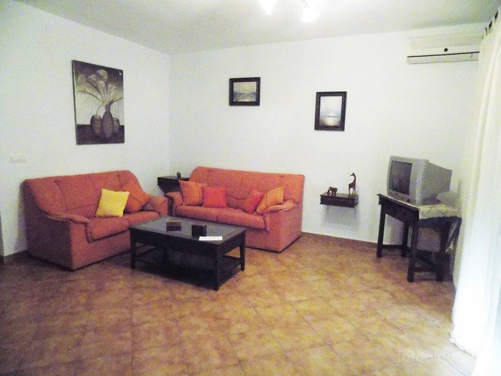 Apartamento verano 3 dormitorios en Conil, urbanización Casa de Postas