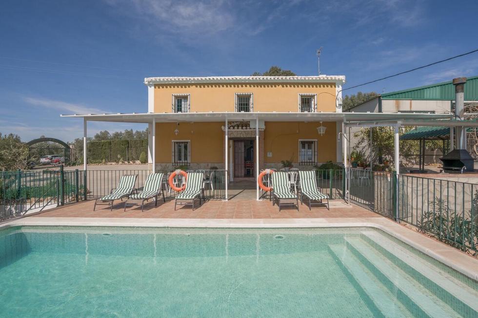 Cortijo Puerto Nuevo, casa rural con piscina y barbacoa en Archidona, Málaga ref.: cortijo-puerto-nuevo
