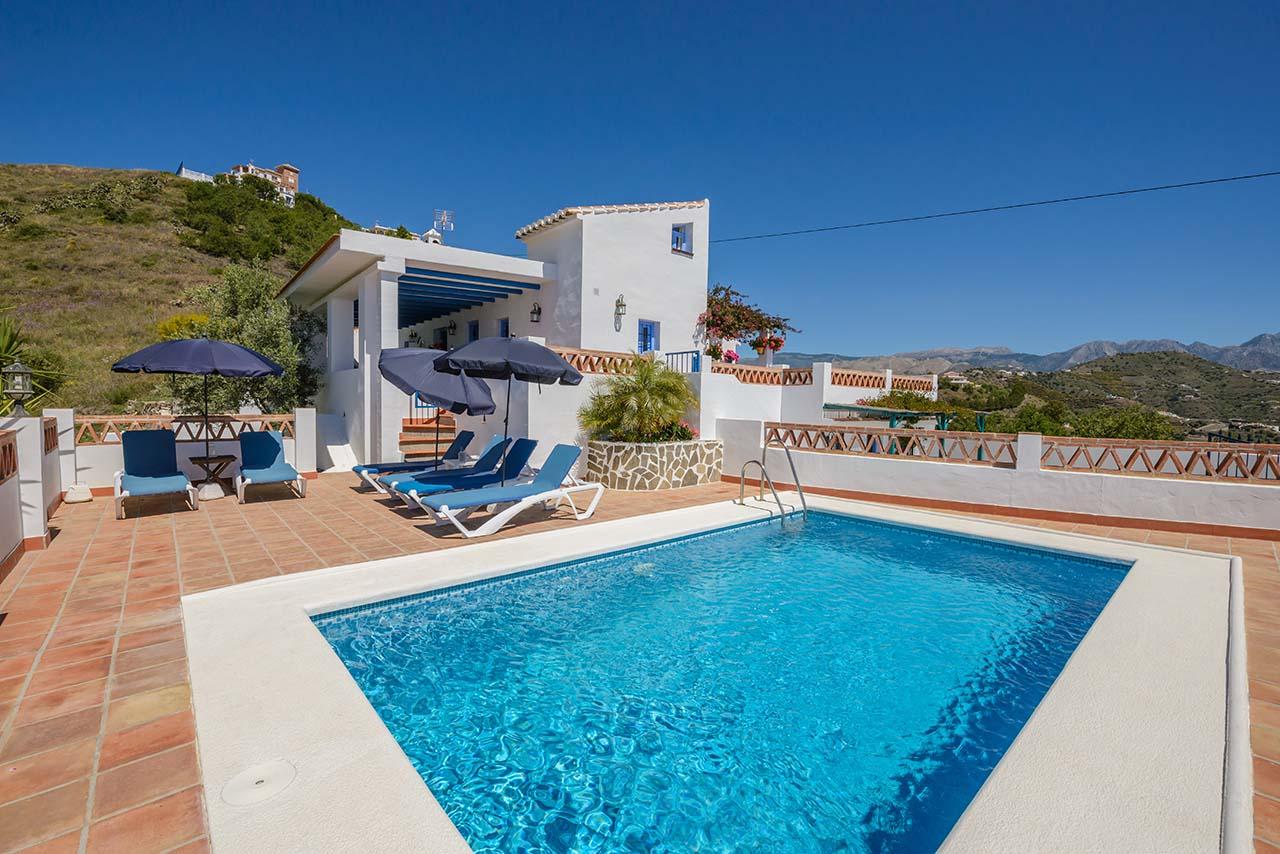 Cortijo del Sol, cortijo en Torrox, casa rural en la Costa del Sol, Málaga, Andalucía