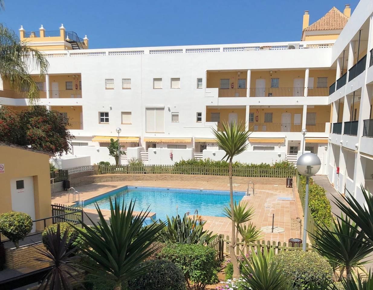 Alquiler de apartamento con piscina en Rota, Costa Ballena