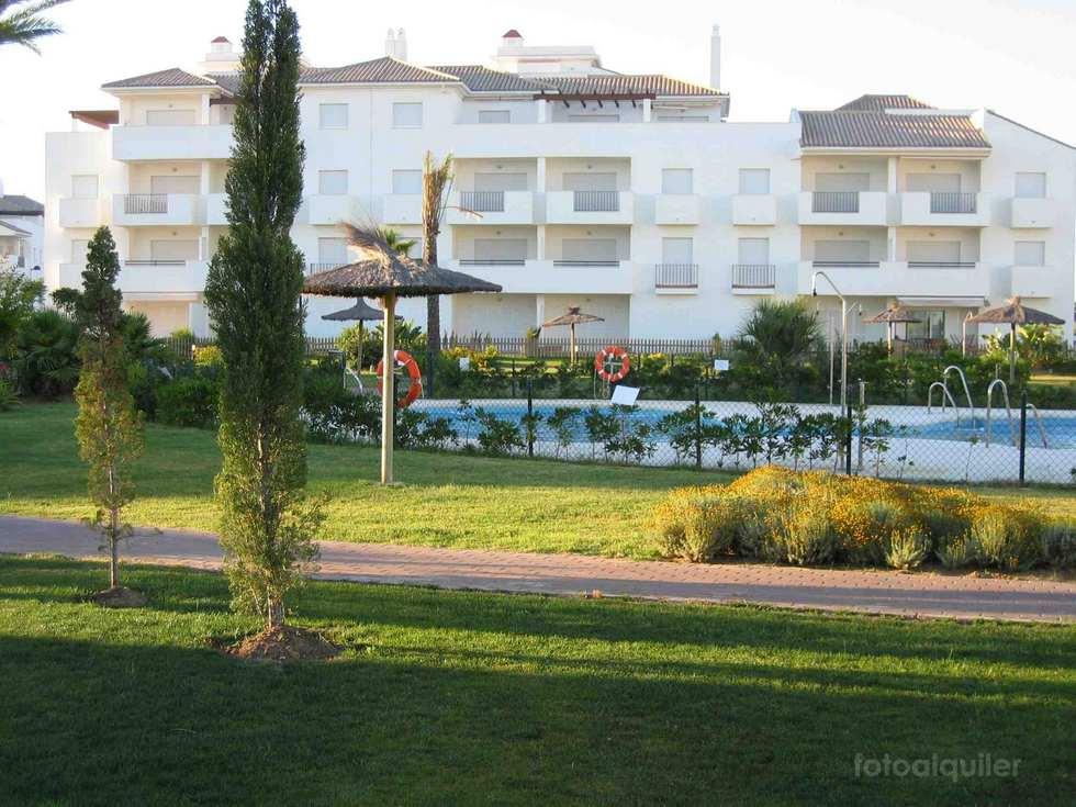 Alquiler apartamento 2 dormitorios en La Quinta Arce Golf, Costa Ballena