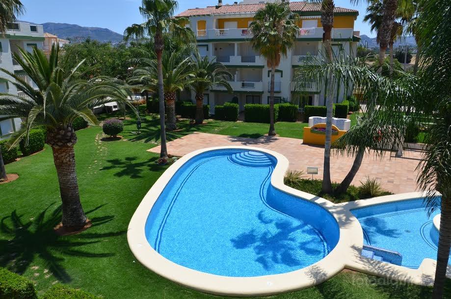 Alquiler de apartamento en el residencial La Fontana, Denia, Alicante, ref.: denia-10866