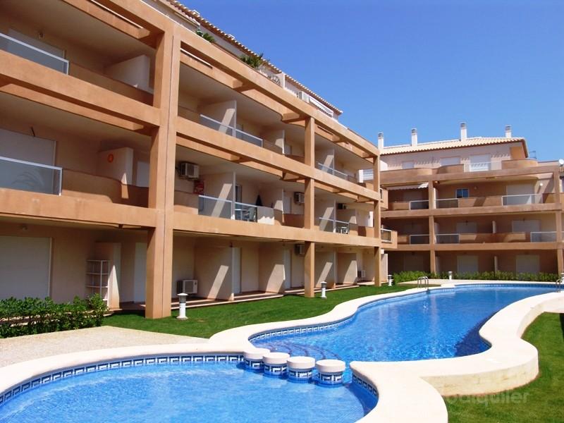 Alquiler de apartamento en el residencial Playa Sur, Denia, Alicante, ref.: denia-10883
