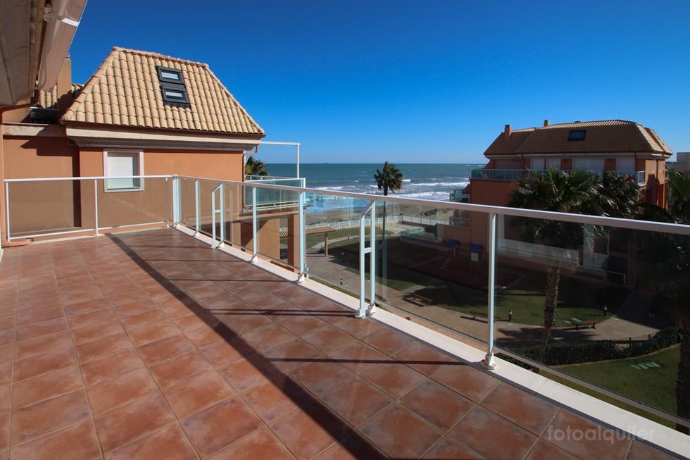Ático en primera de playa en la urbanización Mirador al Mar, Denia, Alicante, ref.: denia-10884