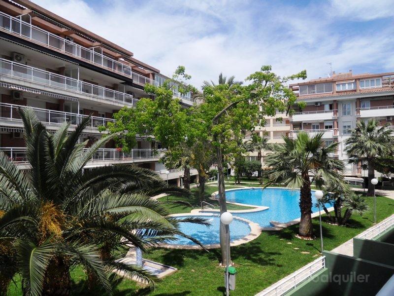 Alquiler de apartamento en la urbanización Dianium, Denia, Alicante, ref.: denia-10889