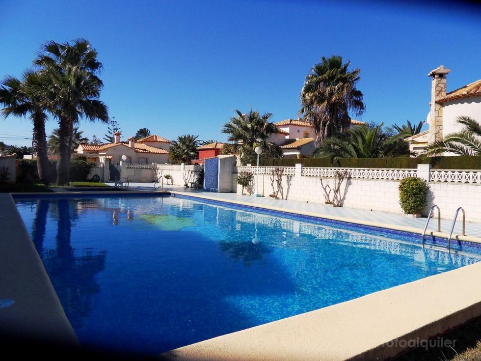 Alquiler de chalet en la urbanización Retiro Mar, Las Marinas, Denia, Alicante, ref.: denia-10901