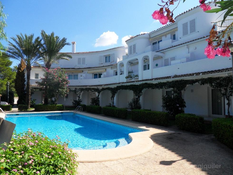 Alquiler de apartamento en el residencial Oasis Beach II, Denia, Alicante, ref.: denia-10952