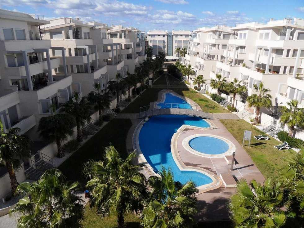 Apartamento con dos dormitorios y piscina en Denia, Residencial Elegance Denia, Alicante.