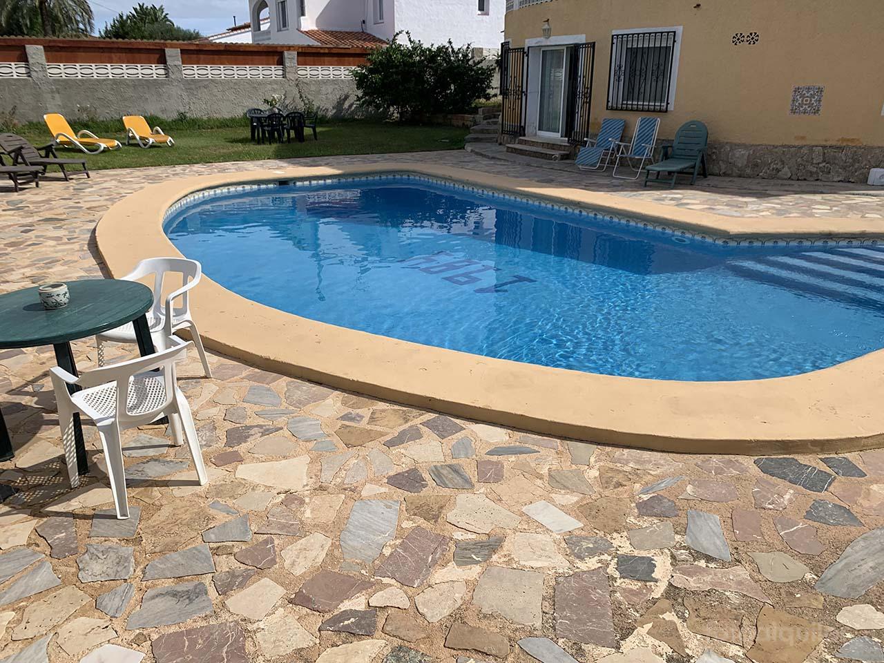 Chalet con piscina privada en Denia, Alicante