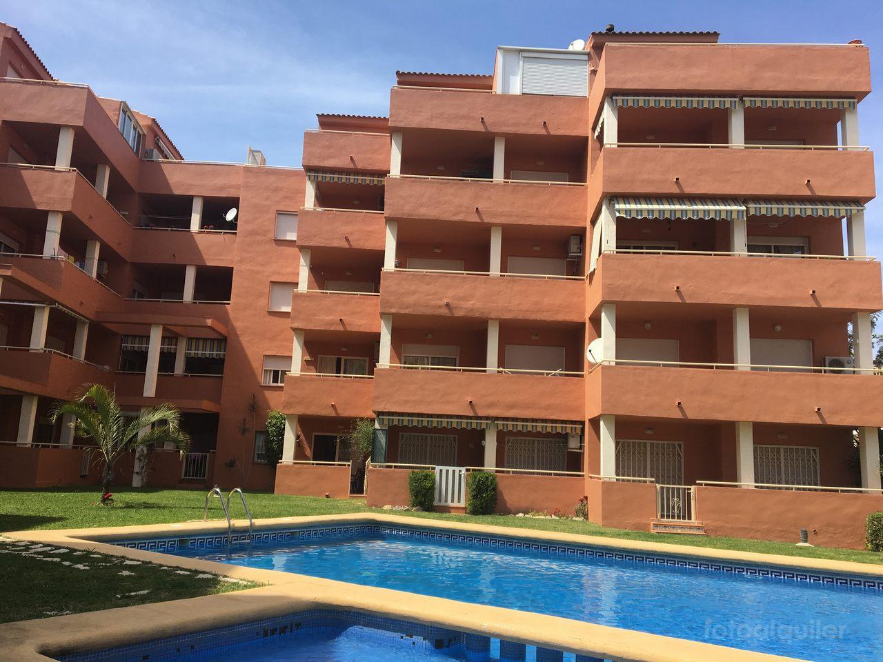 Alquiler de apartamento en Denia, Urbanización Castillo Playa,  Alicante, ref.: denia1227