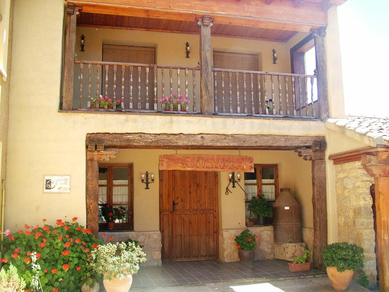 Hotel Rural Don Agustín, casa rural por habitaciones en Tordehumos, Tierra de Campos, Valladolid.