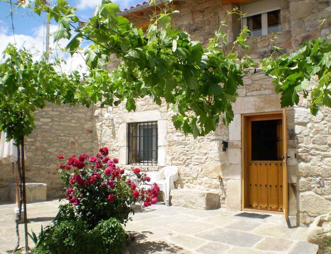 El Ciruelo Rojo, casa rural en Villaseco del Pan, Zamora.