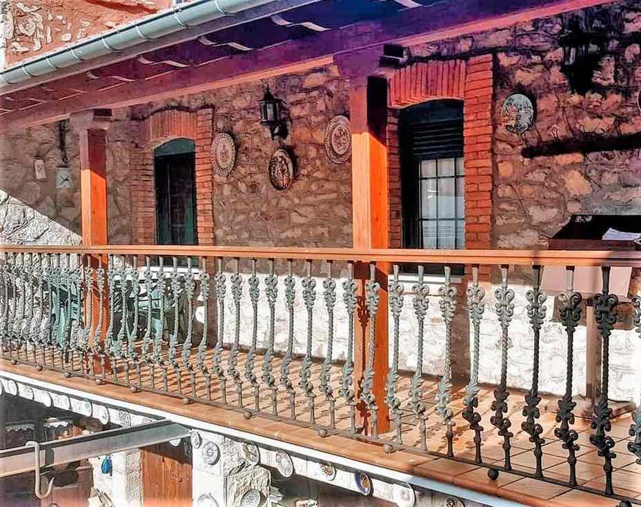 Alquiler de Casa Rural El Corredor en Cabornera de Gordón, León.