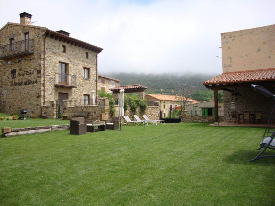 El Mirador del Bosque, casa rural con jacuzzi en La Poveda de Soria, Soria