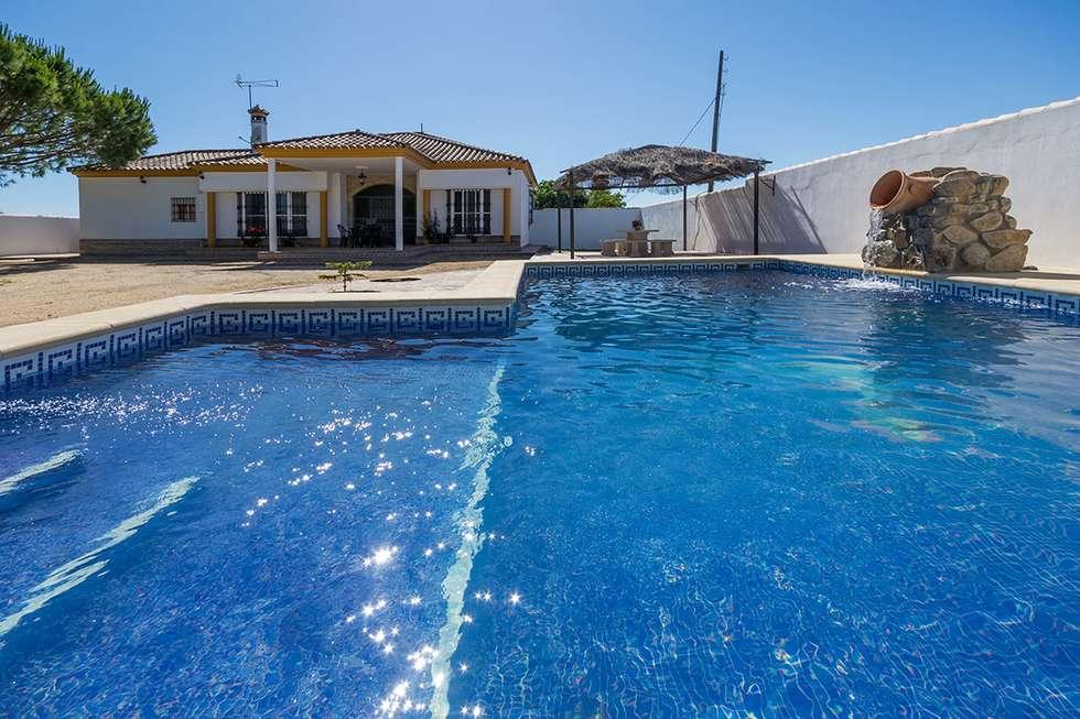 Chalet El Nuevo Torero, vivienda turística en Conil de la Frontera, Cádiz