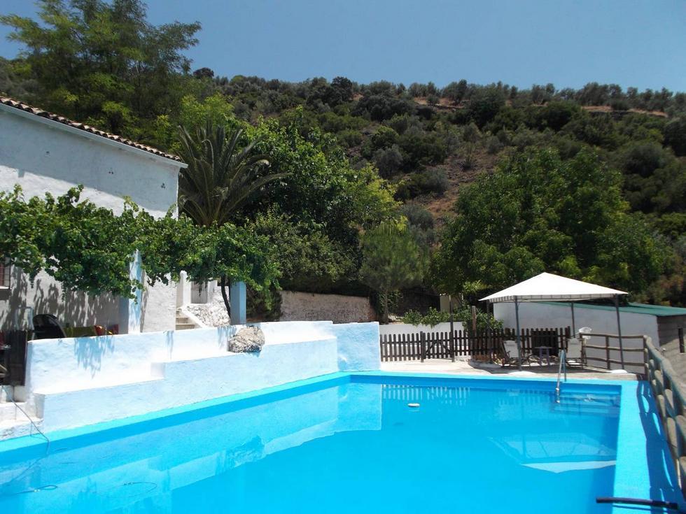 La Pájara, Finca Rústica con jardín y piscina en la Sierra de Jaén