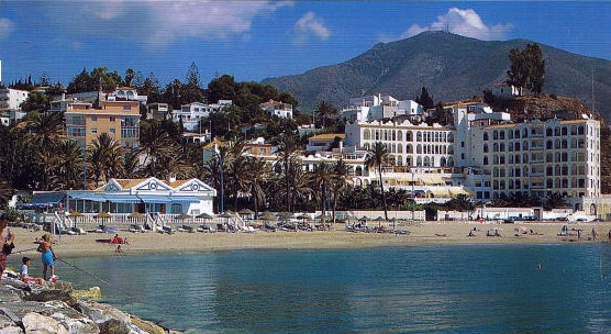 Alquiler apartamento primera linea de playa en Fuengirola, Málaga