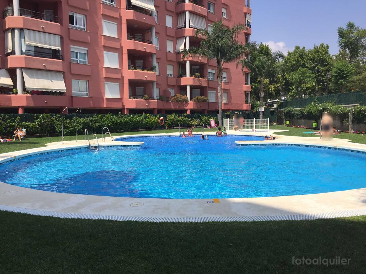 Alquiler apartamento con vistas al mar en Fuengirola, Málaga