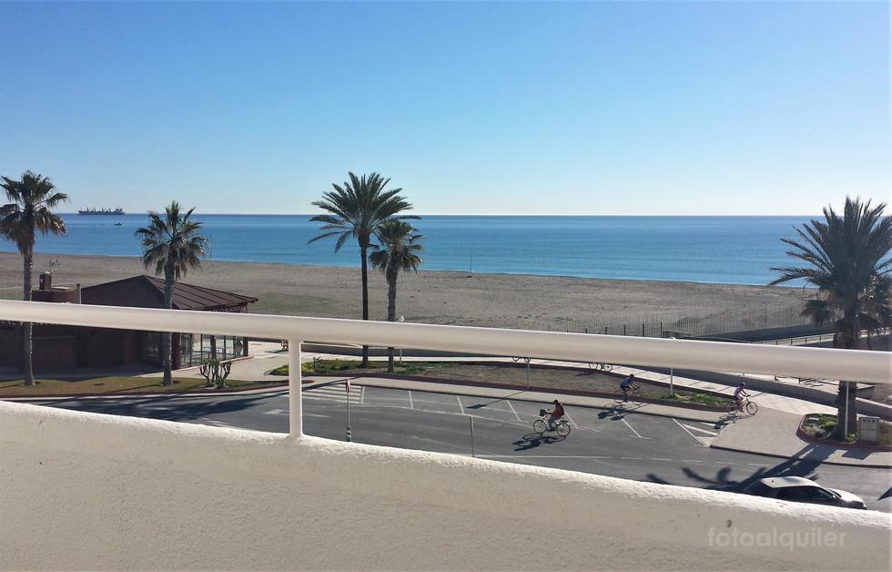 Ático en primera línea de playa en Garrucha, Almería