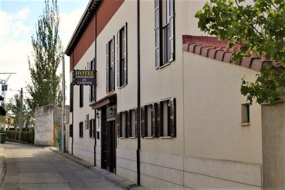Hotel Amanecer en Campos, hotel rural en el Camino de Santiago, Población de Campos, Palencia
