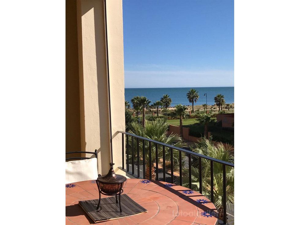 Alquiler de apartamento en primera línea de playa en Isla Canela, Ayamonte, Huelva, ref.: isla-canela-11049