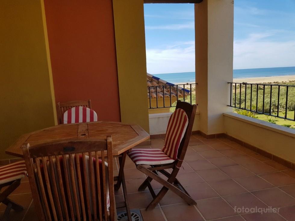Alquiler de apartamento con terraza y vistas al mar en Isla Canela, Ayamonte, Huelva