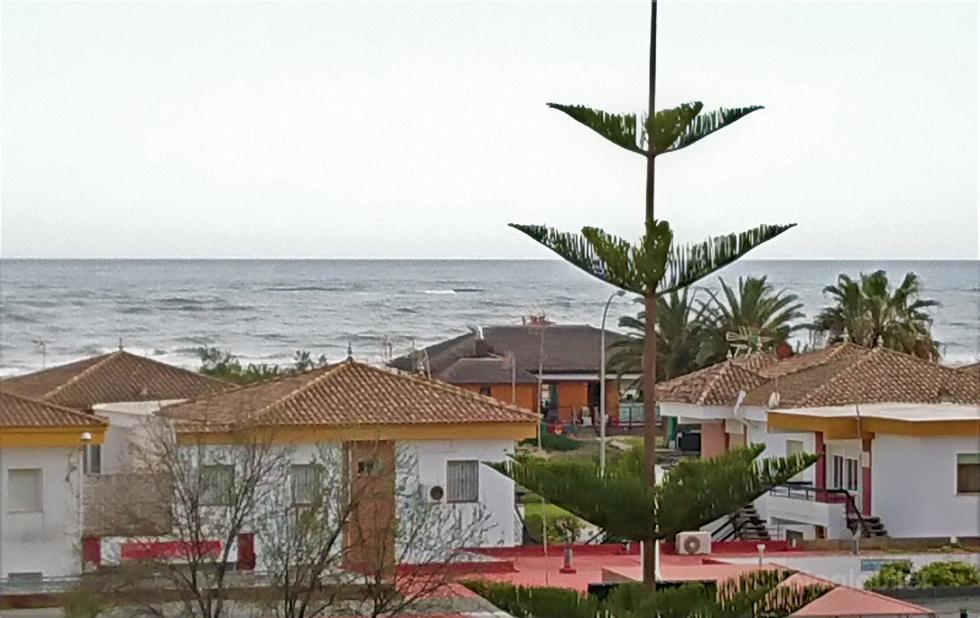 Alquiler de apartamento en primera línea de playa en Isla Canela