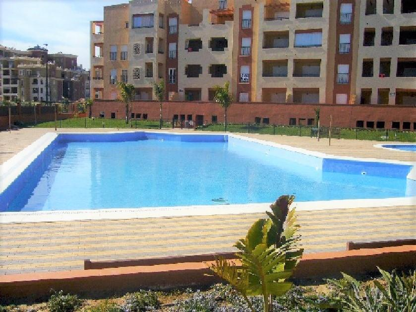 Alquiler de apartamento con piscina en Isla Canela