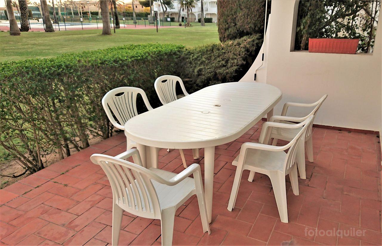 Alquiler de apartamento en primera línea de playa en Isla Canela, Huelva
