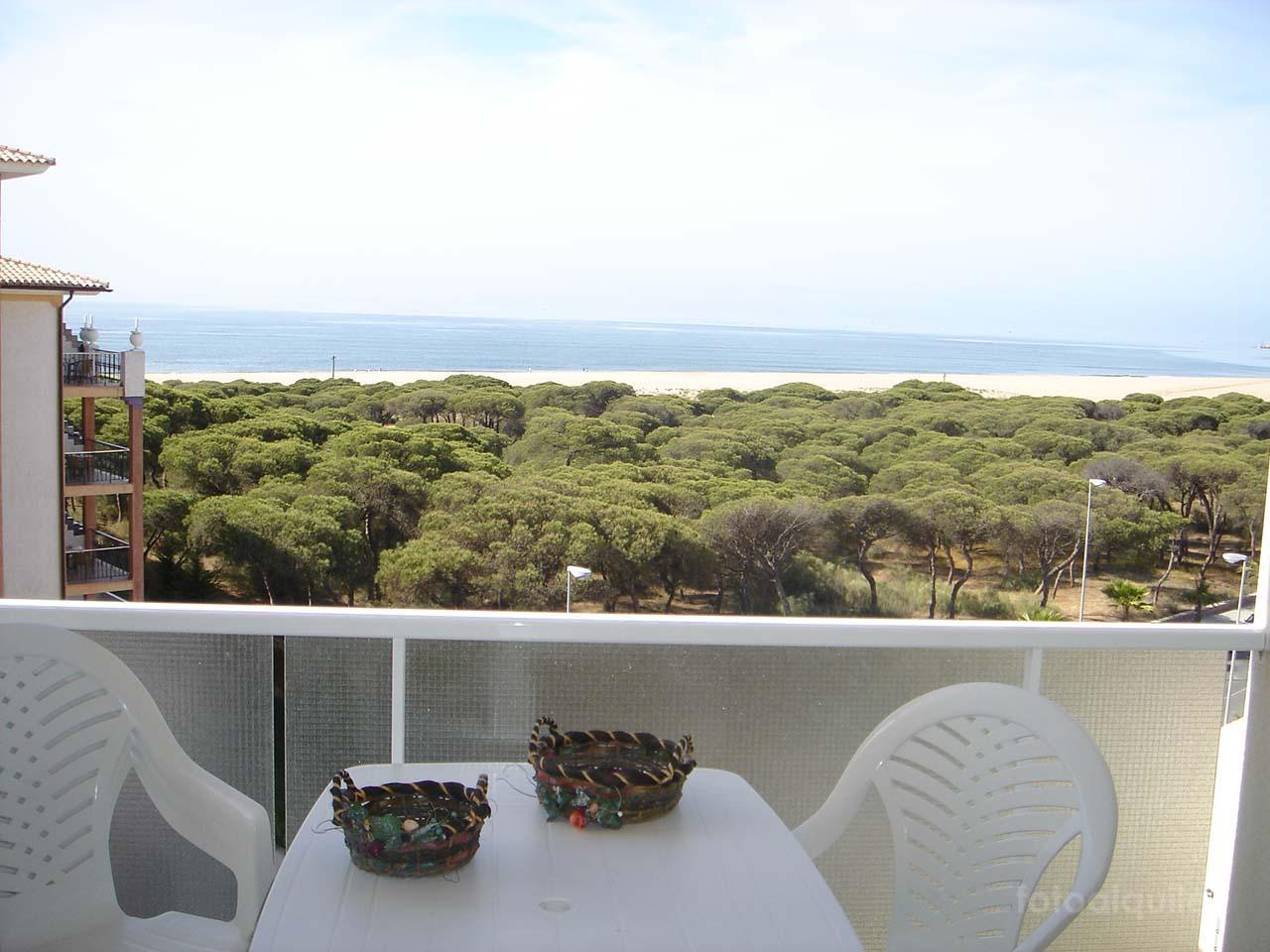 Alquiler de piso en primera linea de playa en Isla Cristina, Huelva