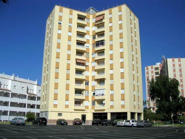 Alquiler de apartamento 3 dormitorios en Isla Cristina,  Edificio Torre Goya