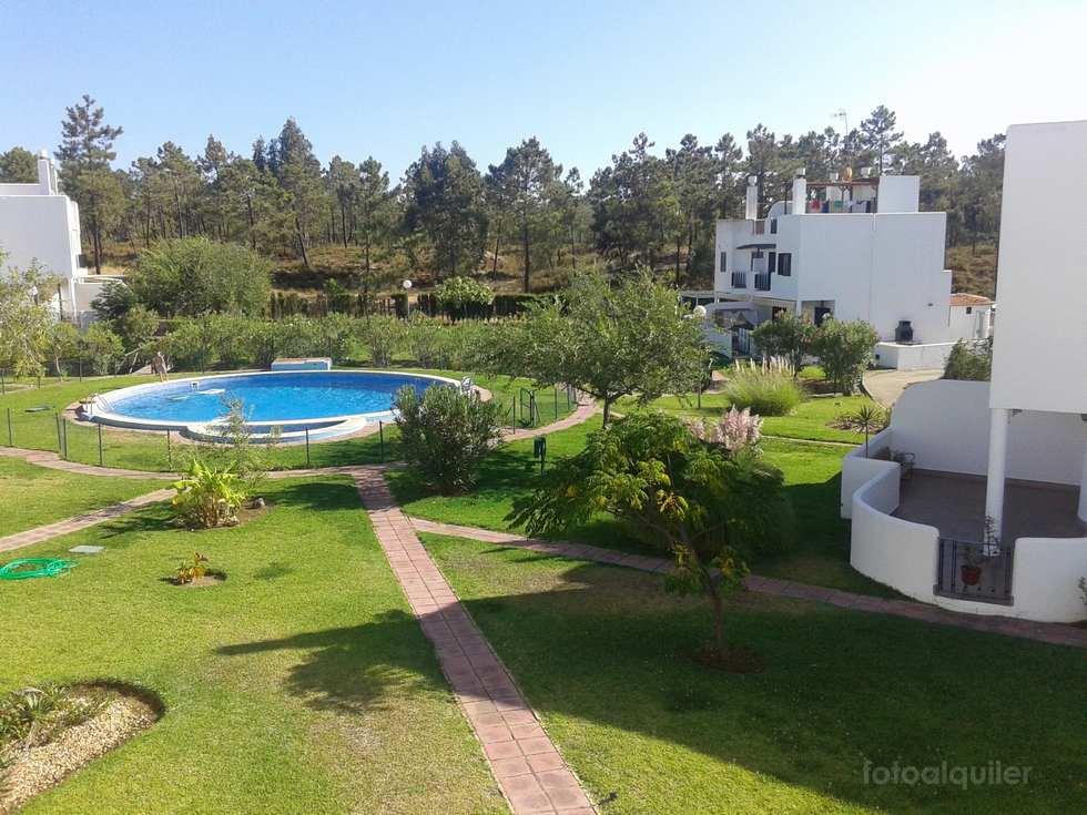 Alquiler chalet pareado con tres dormitorios en Islantilla, Huelva