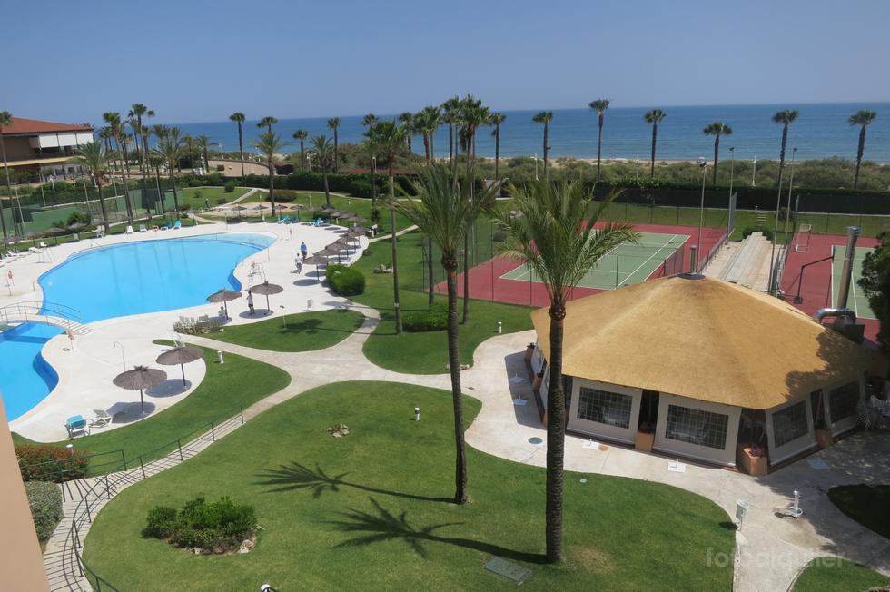 Alquiler de atico en Islantilla, primera linea playa, Urbanización Las Américas