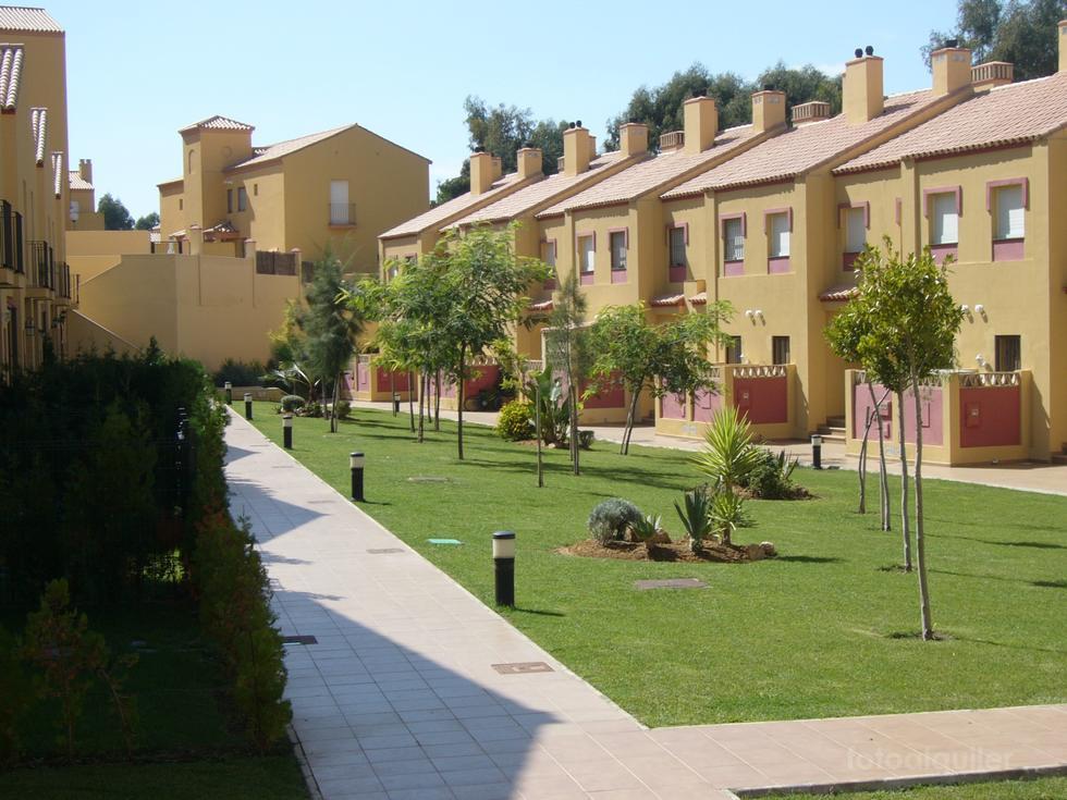 Alquiler de casa adosada en la Urbanización Albatros Golf II, Islantilla, Huelva, ref.: islantilla1907