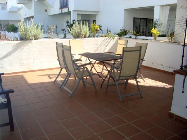Alquiler de apartamento en la urbanización La Hacienda Golf, Islantilla, Huelva, ref.: islantilla3870