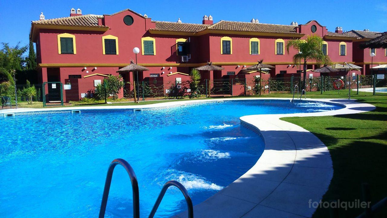Alquiler de dúplex adosado en el Residencial Acuario Golf, Islantilla, Huelva, ref.: islantilla4022