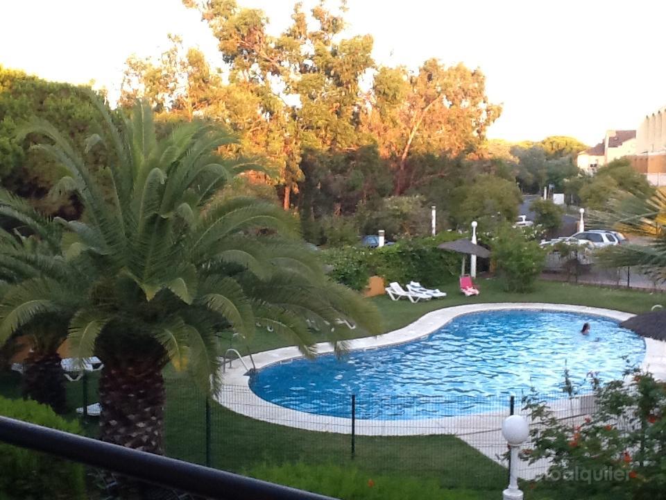 Alquiler de adosado en la urbanización Hoyo 6, Islantilla, Huelva