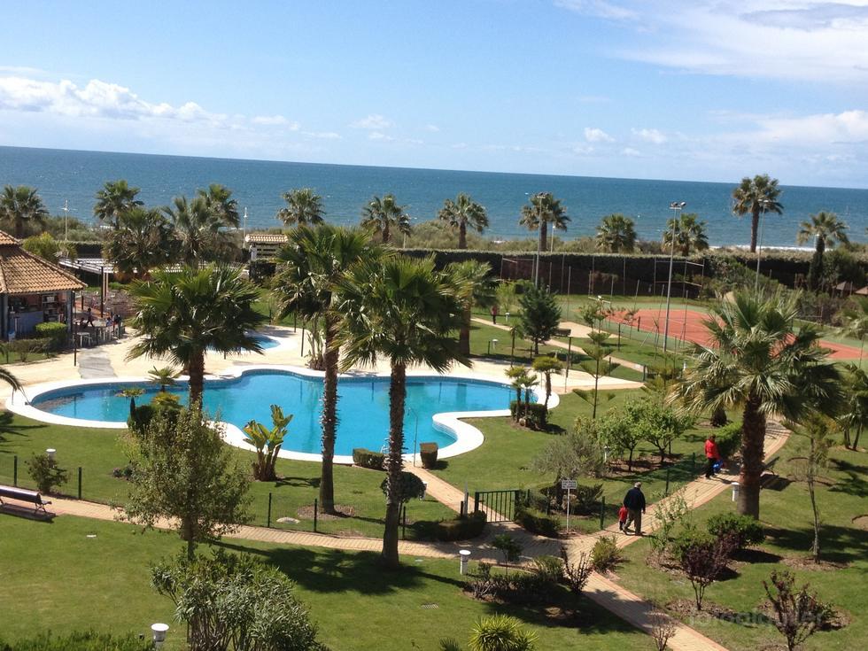 Apartamento en primera linea de playa, urbanización Cuatro Mares, Islantilla