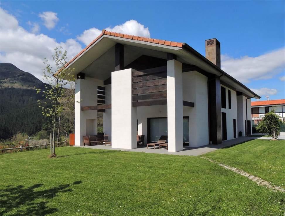 Casa Rural KutxaTxuri, en Arakaldo, Vizcaya
