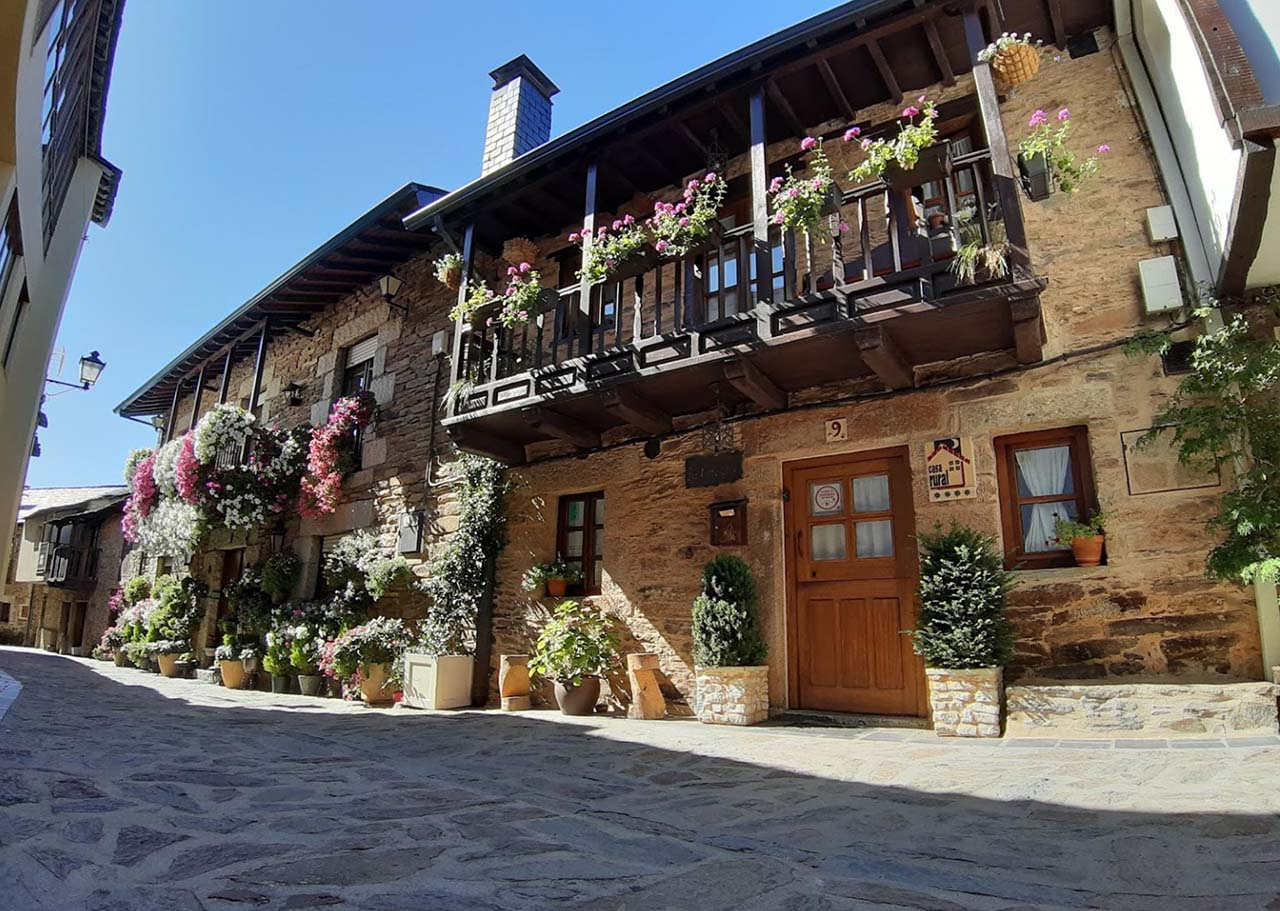 La Carballa, casa rural en Puebla de Sanabria, Zamora